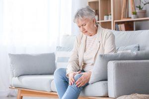 Térdfájás, derékfájás - Porckopás kezelése - lágylézer terápia